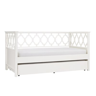 Sangerfield Quaterfoil Daybed with Trundle Color: White