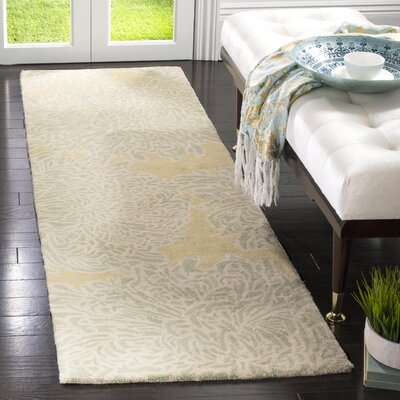 Martha Stewart Chrysanthemum Tufted / Hand Loomed Area Rug Rug Size: Runner 23 x 8