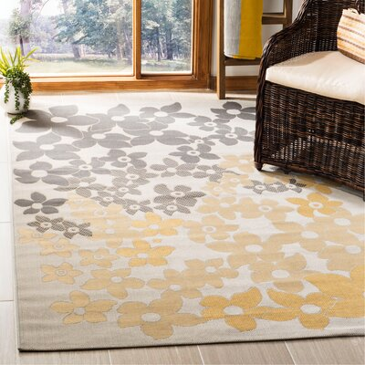 Martha Stewart Field Flowers Multi Area Rug Rug Size: Rectangle 53 x 77