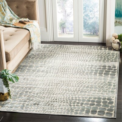 Martha Stewart Grey/Cream Area Rug Rug Size: Rectangle 51 x 76