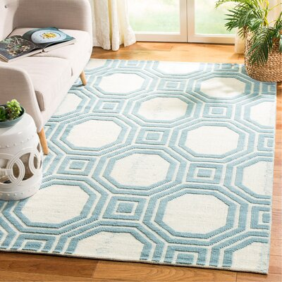 Martha Stewart Puzzle Floral Ivory/Blue Area Rug Rug Size: Rectangle 5 x 8