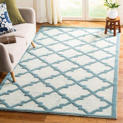 Martha Stewart Puzzle Floral Ivory/Blue  Rug Rug Size: Rectangle 5 x 8