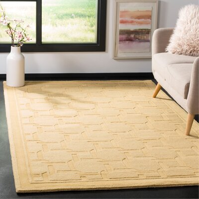 Resort Hand-Loomed Dried Chamomile Area Rug Rug Size: Rectangle 5 x 8