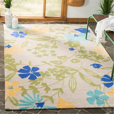 Hand-Hooked Bay Leaf Area Rug Rug Size: Rectangle 5 x 8