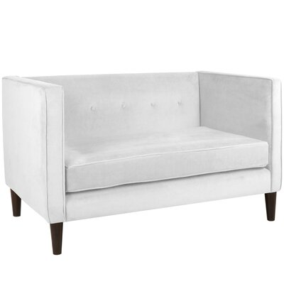 Crosby Chesterfield Settee Body Fabric: Velvet White