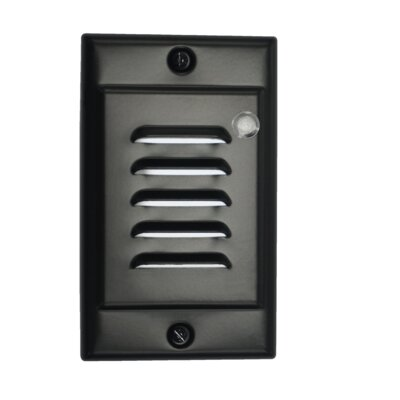 Vertical Faceplate LED Step Light with Photocell Color: Black
