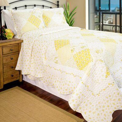 Vintage Wilmington Reversible Quilt Set Size: Full/Queen, Color: Yellow