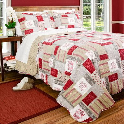 Carlton Reversible Quilt Set Size: Full/Queen