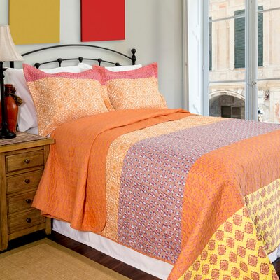 Home ID Escapade Reversible Quilt Set Size: Full/Queen
