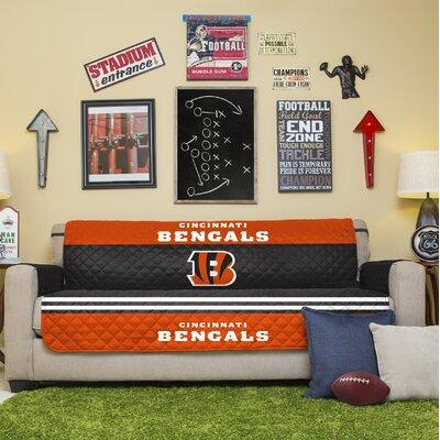 NFL Sofa Slipcover NFL Team: Cincinnati Bengals