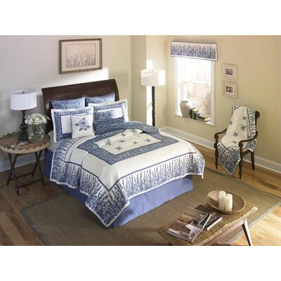 Berkeley Heights Quilt Size: Full/Queen