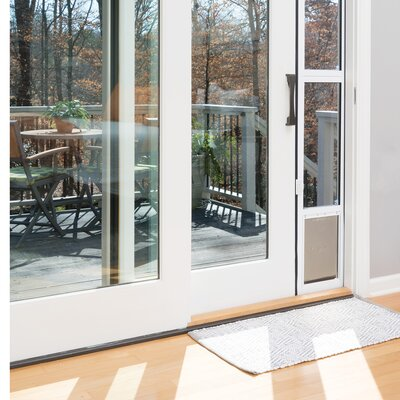 Sliding Glass Pet Door Size: Medium (43 H x 12.5 W x 3.75 L)