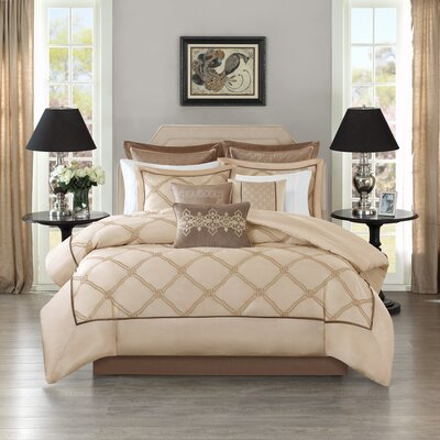Teramo Comforter Set Size: Queen, Color: Ivory