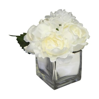 Mixed Centerpiece in Mercury Vase Flower Color: White
