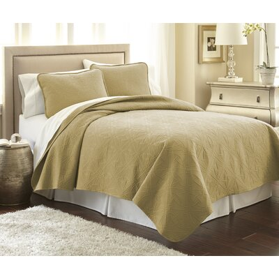 Vilano Springs Quilt Set Size: King/California King, Color: Gold