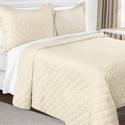3 Piece Quilt Set Color: Beige Cream, Size: Queen