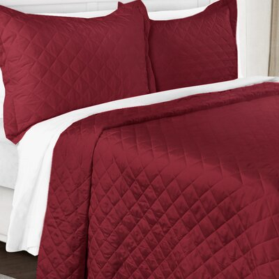 3 Piece Quilt Set Color: Burgundy, Size: King