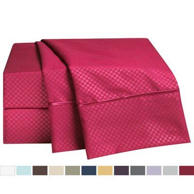Embossed Checkerboard Design 820 Thread Count Sheet Set Size: Full, Color: Burgundy Red