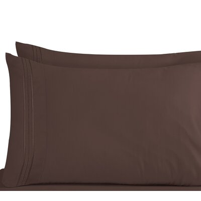 Lizzie 1800 Thread Count Pillow Case Size: King, Color: Chocolate Brown