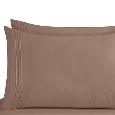 Lizzie 1800 Thread Count Pillow Case Size: King, Color: Taupe