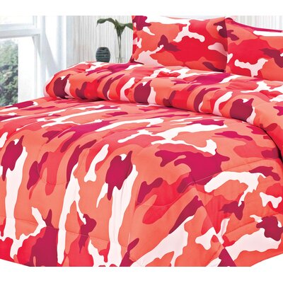 Box-Baffled Camouflage All Season Down Alternative Comforter Size: Queen