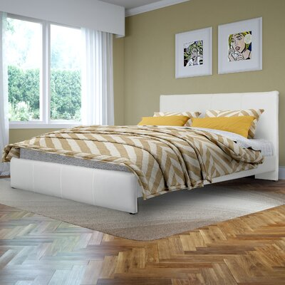 Fairfield Upholstered Platform Bed Size: Queen, Upholstery: White