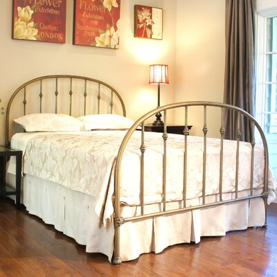 Ridgefield Panel Bed Size: Double