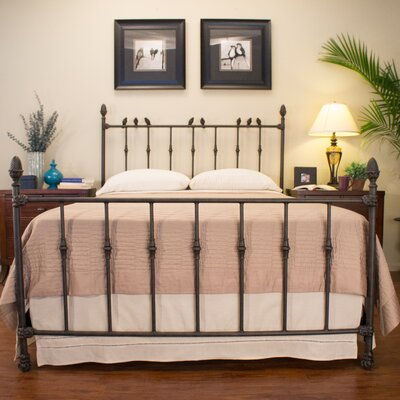 Georgetown Panel Bed Size: Queen, Color: Dark Brass