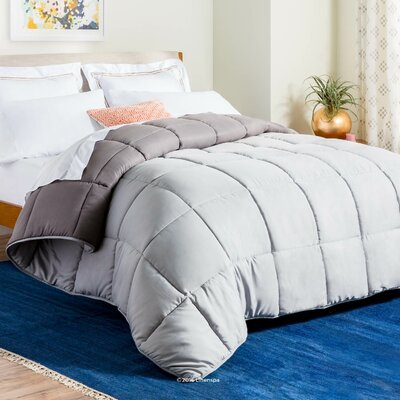 Midweight Down Alternative Comforter Size: Oversized King, Color: Stone/Charcoal