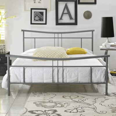 Liliana Platform Bed Size: Queen