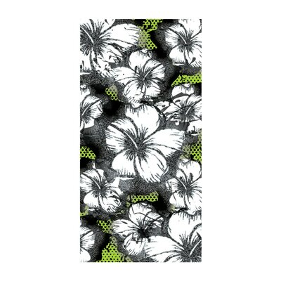 Hibiscus Beach Towel Color: Green
