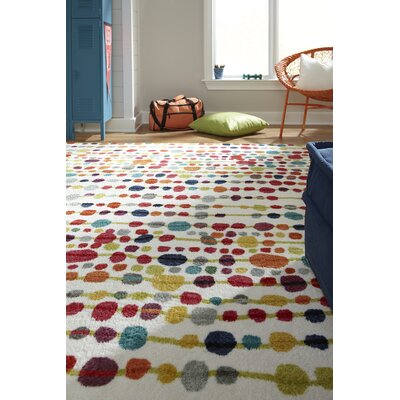 Carla Red/White Area Rug Rug Size: Rectangle 5 x 8