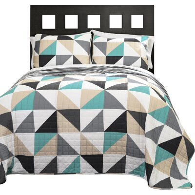 Theresa Geo Reversible Quilt Set Size: King