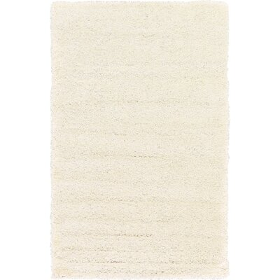 Madison Snow White Area Rug Rug Size: 5 x 8, Color: Ivory
