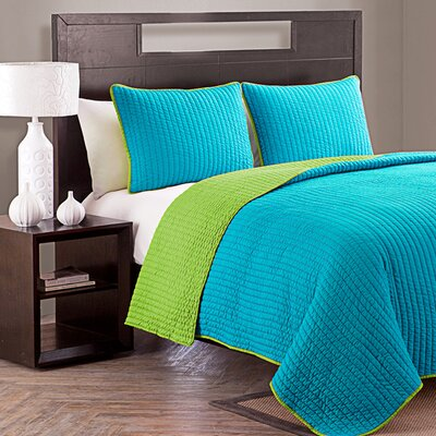 Margo Reversible Quilt Set Color: Blue / Green, Size: Twin