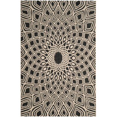 Estella Black/Beige Indoor/Outdoor Area Rug Rug Size: 4 x 57