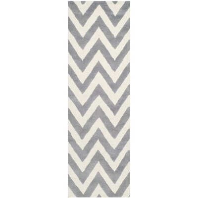 Daveney Hand-Tufted Wool Silver/Ivory Area Rug Rug Size: Runner 26 x 10