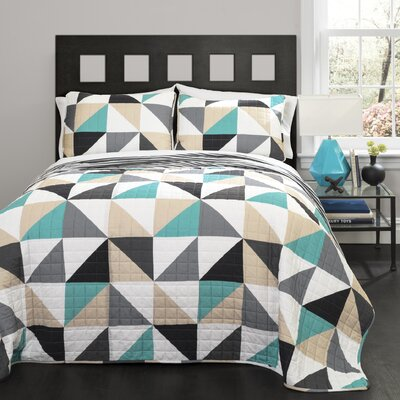 Theresa Geo Quilt Collection