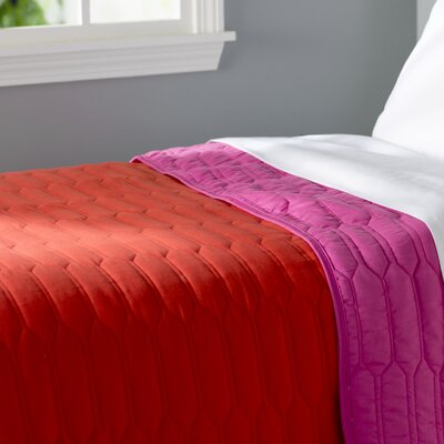 Robin Reversible Quilt Color: Red / Pink, Size: Full