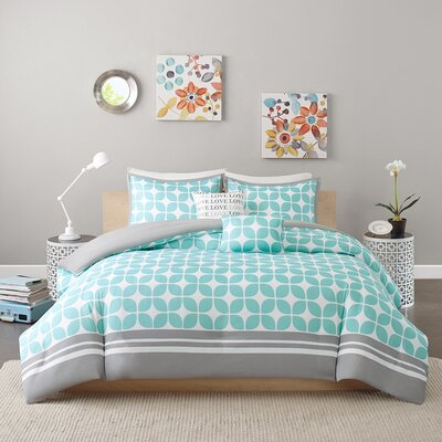 Young Duvet Cover Set Size: Twin/Twin XL, Color: Aqua