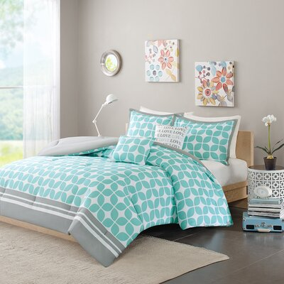 Young Comforter Set Color: Aqua, Size: Full / Queen