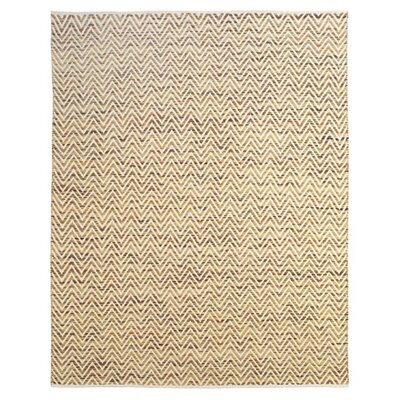Clarette Green Area Rug Rug Size: 5 x 8