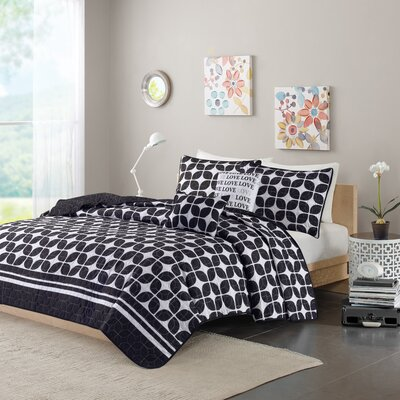 Young Coverlet Set Size: Twin / Twin XL, Color: Black
