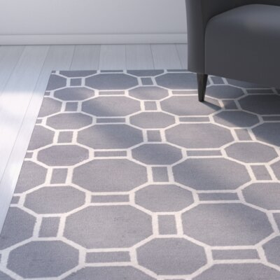 Evangeline Hand-Tufted Gray Geometric Indoor/Outdoor Area Rug Size: Round 8