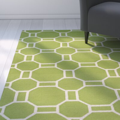 Evangeline Hand-Tufted Lime Indoor/Outdoor Area Rug Size: Round 8