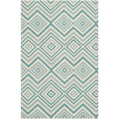 Charla Ivory & Light Teal Area Rug Rug Size: 4 x 6