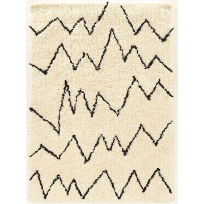 Minerva Hand-Tufted Ivory/Black Shag Area Rug Rug Size: Rectangle 5 x 7