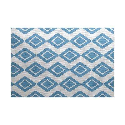 Elaine Blue Indoor/Outdoor Area Rug Rug Size: 4 x 6