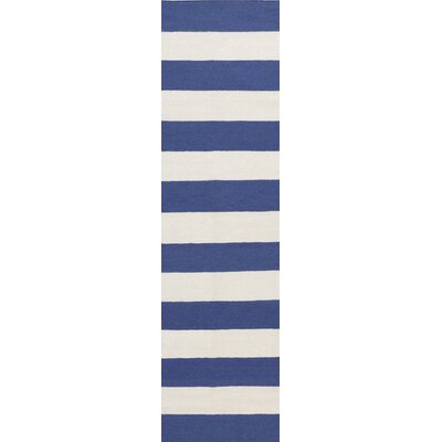 Collins Blue Corn/White Area Rug Rug Size: 5 x 8