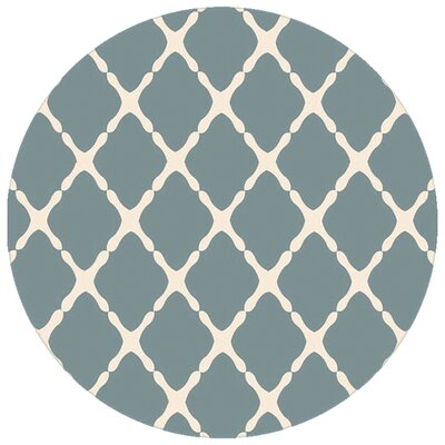 Dixfield Dark Moss Indoor/Outdoor Area Rug Rug Size: Round 8